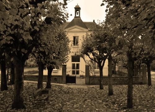 mairiecernaybis.jpg